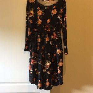 Reborn J black floral long sleeved midi dress L